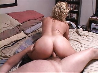 Trailer Park MILF Gets Ass Hole Used anal bbw mature video