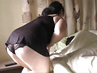 belle-mere veut ma bite blowjob cumshot mature video