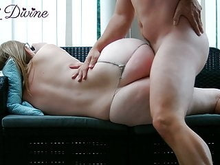 Mom lets son fuck her big ass! amateur cumshot spanking video