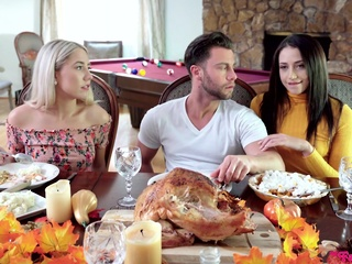MyFamilyPies-Avi Love And Paisley Bennett-Thanksgiving blonde brunette hairy video